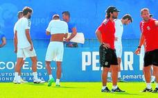 Curro Torres teme la visita del Cádiz, «un equipo hecho para subir»