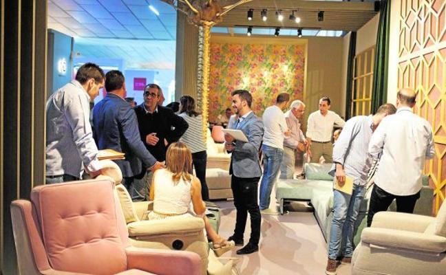 La Feria del Mueble recibe más visitas y se plantea coincidir con la de Valencia