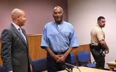 O.J. Simpson sale de la cárcel bajo fianza tras nueve años entre rejas por robo a mano armada