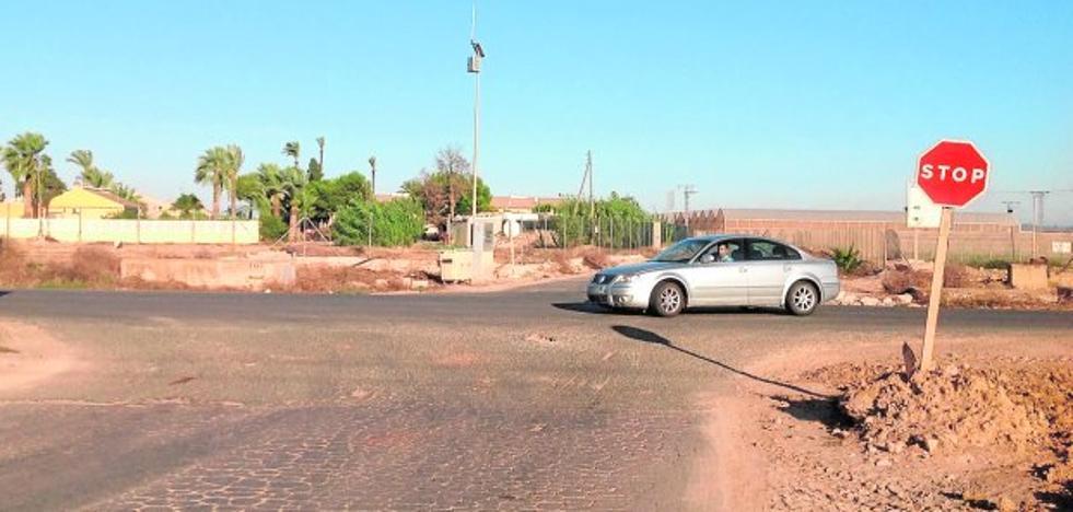 Vecinos de La Palma reclaman mejoras en las carreteras de acceso al pueblo