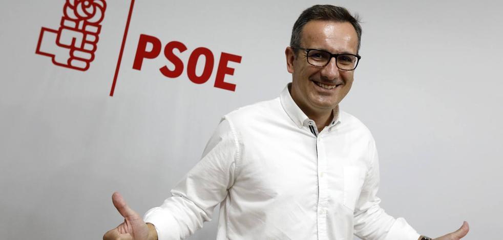 Diego Conesa realizará notables cambios en la ponencia del congreso del PSOE