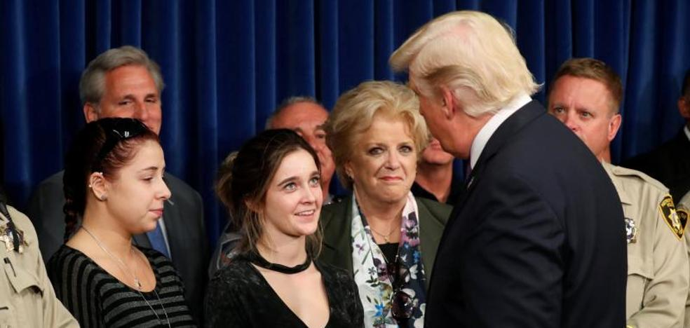 Trump abandona Las Vegas sin hablar sobre el control de armas