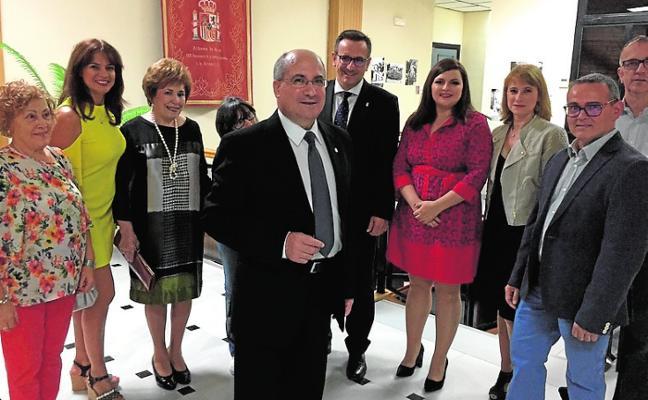 Los vecinos se vuelcan para celebrar el 75 aniversario de la llegada de la Patrona
