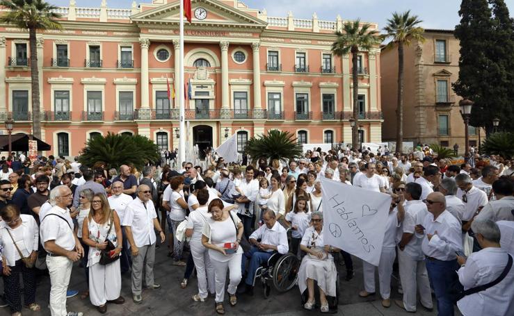 Concentración en Murcia por la unidad de España y el diálogo