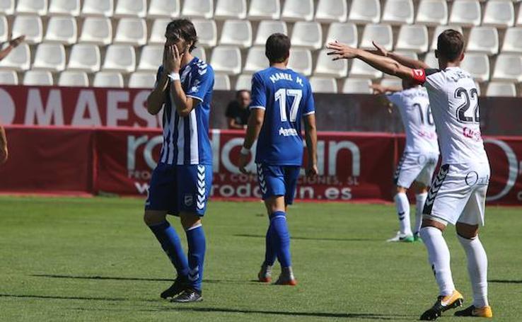 Al Lorca FC se le resisten los puntos fuera de casa (2-1)