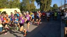 Trescientos corredores participan en la carrera popular 'Run for Parkinson'