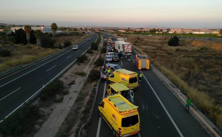 Un accidente múltiple en Sangonera la Seca deja al menos cinco muertos