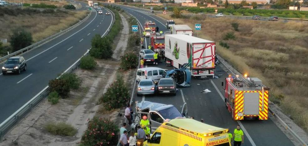 Cinco muertos en un accidente múltiple en Sangonera la Seca