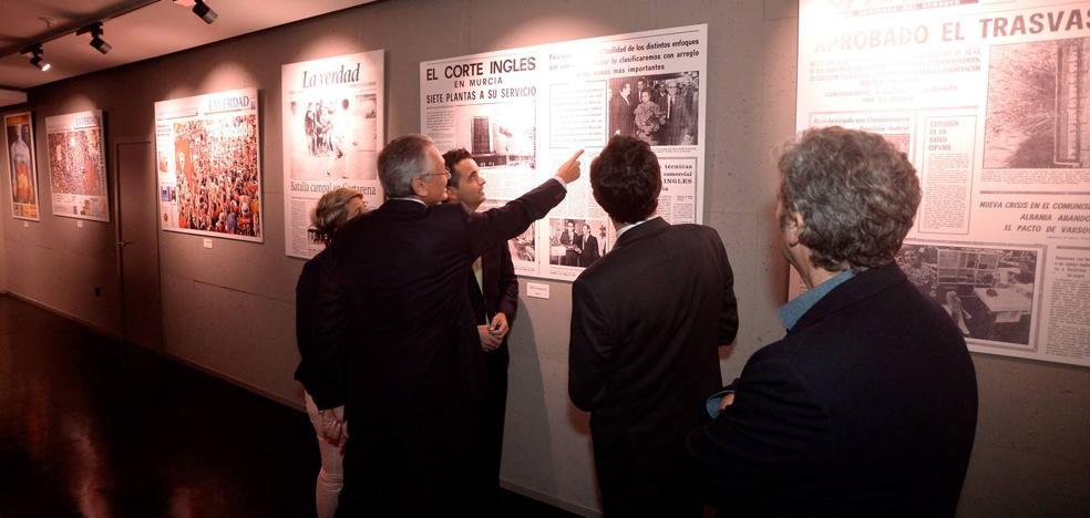 Vocento celebra su 15 aniversario con una exposición de portadas retrospectivas de 'La Verdad'