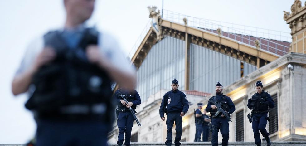 Detienen en Suiza a dos tunecinos ligados al atentado de Marsella