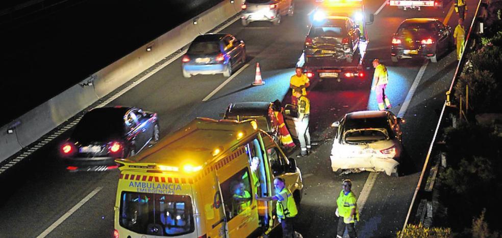 Tres heridos en un choque en la autovía A-30