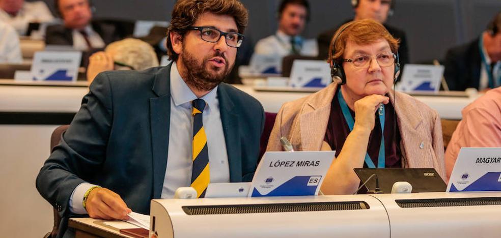 López Miras: «Con quien incumple ley, el único diálogo que cabe es con los jueces»