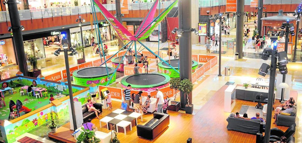 Los centros comerciales deleitan a sus visitantes con nuevas propuestas