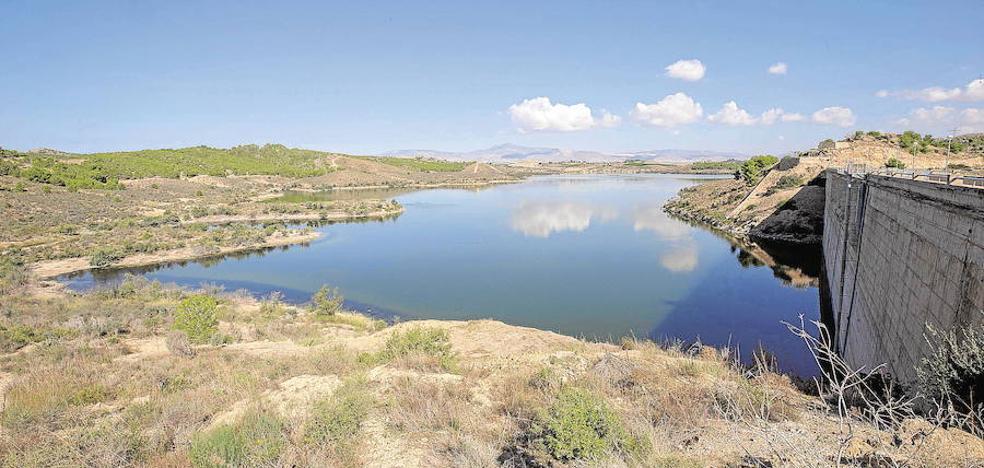 El Gobierno no descarta limitar el uso del agua a partir de 2018 ante la falta de precipitaciones