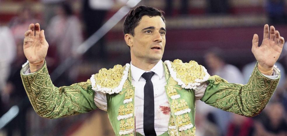 Un gran Ureña corta dos orejas en Zaragoza y sale a hombros