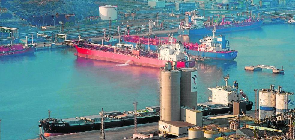El Puerto ya es el cuarto con más tráfico de mercancías de España al superar al de Bilbao