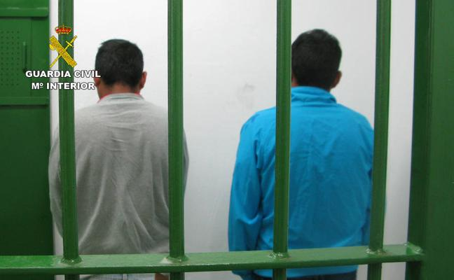 Dos detenidos por apuñalar a una persona en Totana