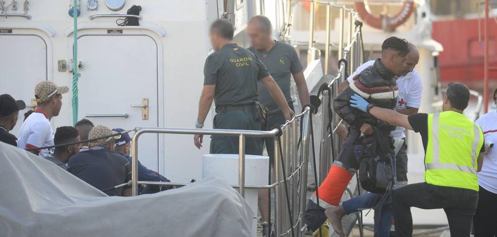 Rescatan a otros 46 inmigrantes en cuatro pateras en Cabo de Palos