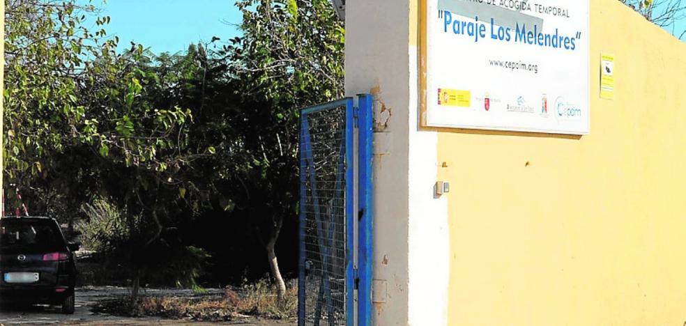 Unos 75 magrebíes hallan cobijo en un centro de Torre Pacheco