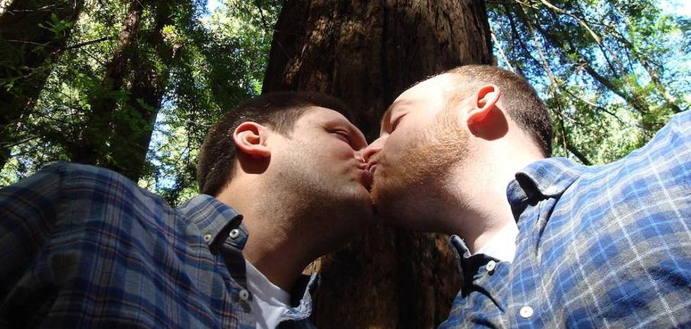 Un ministro de Derechos Humanos llama «basura» a los homosexuales