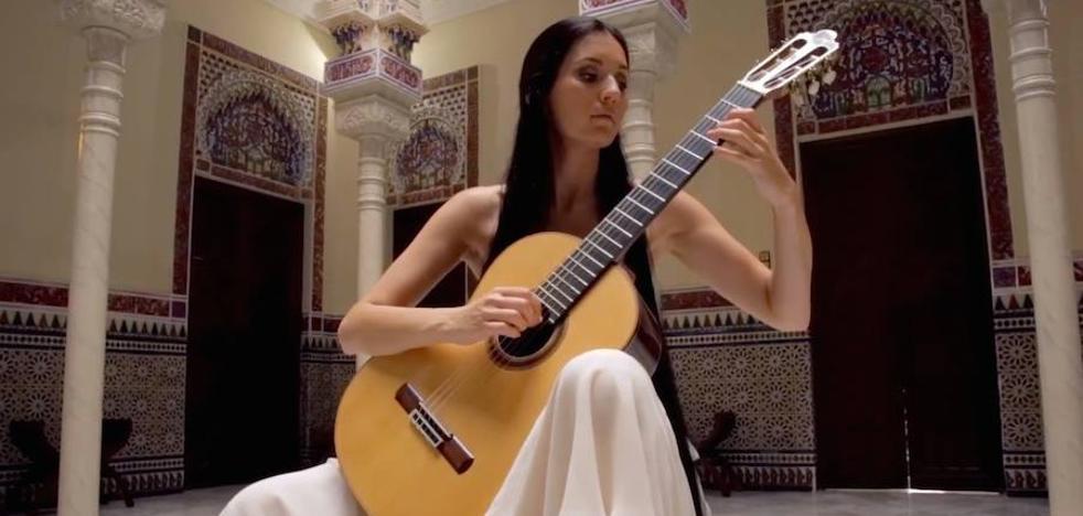 La guitarra de Isabel Martínez