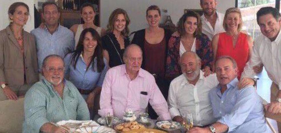 Bertín Osborne y Arévalo no se hablan por culpa de esta foto con el Rey emérito