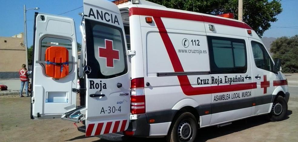 Qué hacer cuando llevas una ambulancia de emergencia detrás