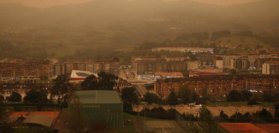 Asturias contabiliza 27 fuegos en 13 concejos y los vecinos evacuados pueden regresar a sus casas