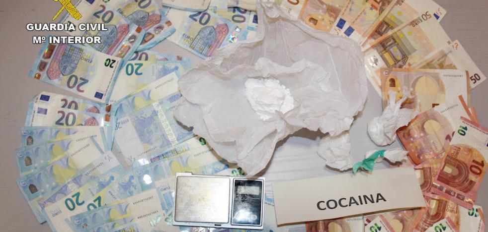 Detienen a un matrimonio en Ceutí con 500 dosis de cocaína