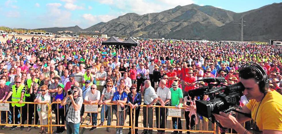 Los regantes encienden la mecha con 5.000 voces reclamando agua