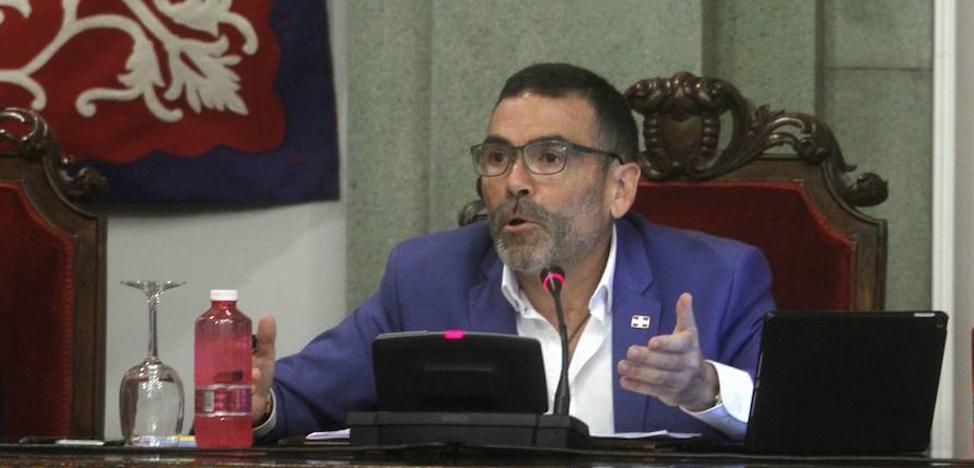 El Gobierno limita el papel de López en el Pleno a ser portavoz de su grupo político