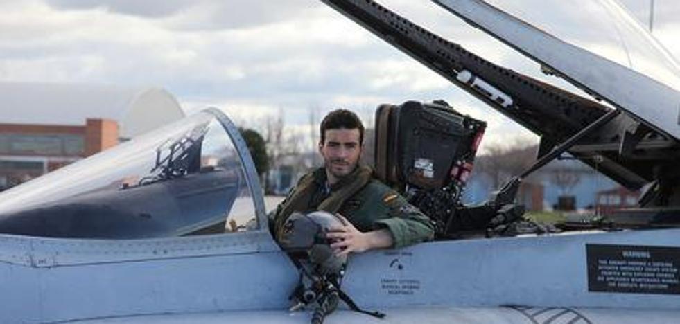 «Por España, y el que quiera defenderla honrado muera», el homenaje de la Guardia Civil al piloto fallecido
