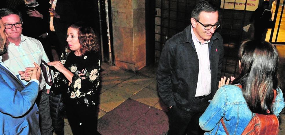 Conesa intenta inocular al PSOE «ánimo constructivo» antes de abrir el congreso