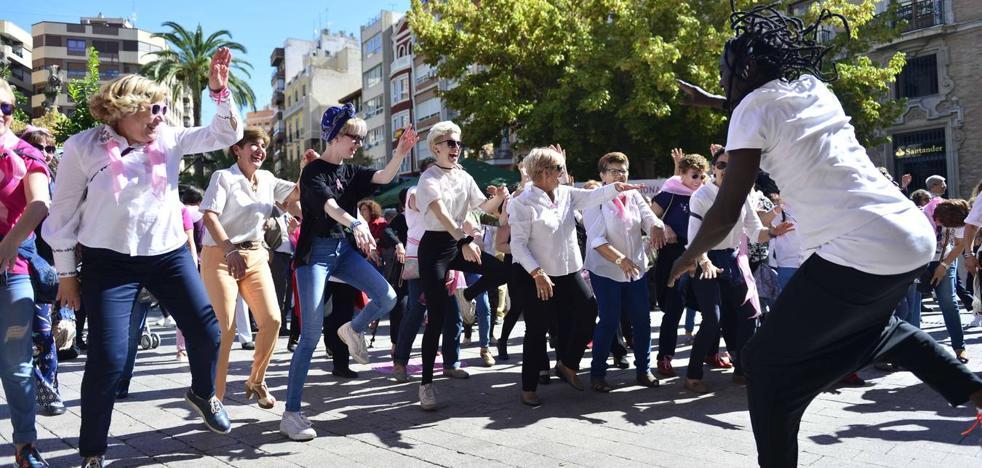 Murcia se vuelca con el Día Mundial contra el Cáncer de Mama