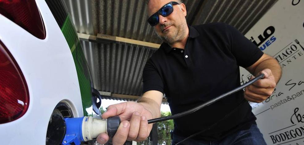 Murcia dará ayudas de hasta 4.500 euros para la compra de vehículos eléctricos