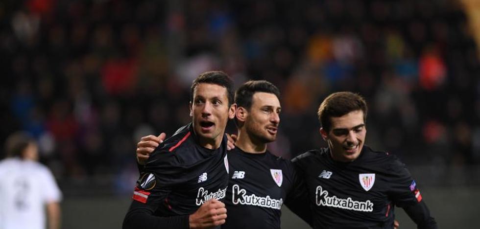 El Athletic rescata un punto 'in extremis' en Suecia y se mantiene vivo