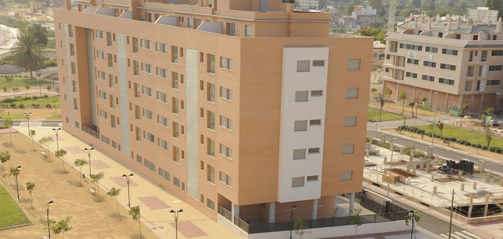 El Ayuntamiento ayudará a los propietarios de viviendas vacías a encontrar inquilinos
