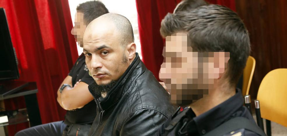 El acusado de tratar de secuestrar a cinco chicas alega un trastorno mental