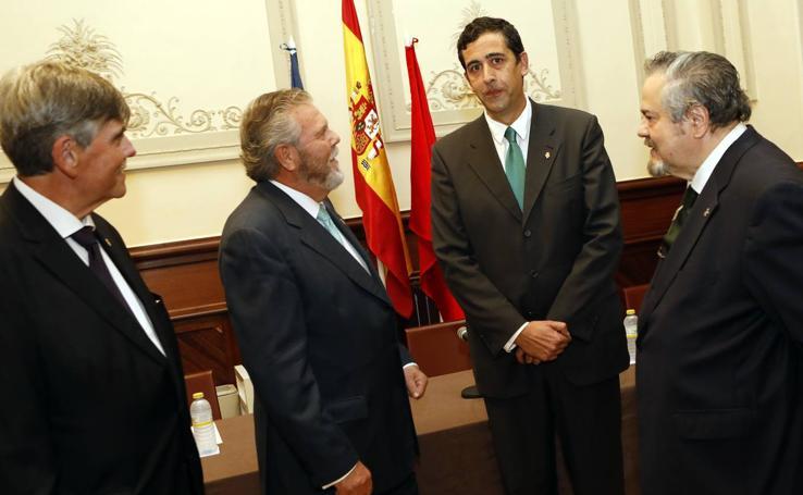 Presentación de Unión Monárquica en Murcia