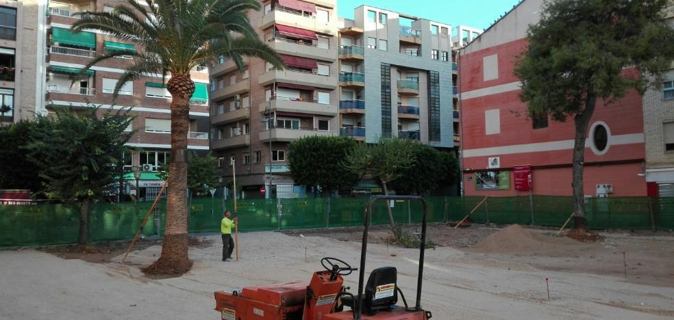 La plaza de la Constitución tendrá columpios y toldos