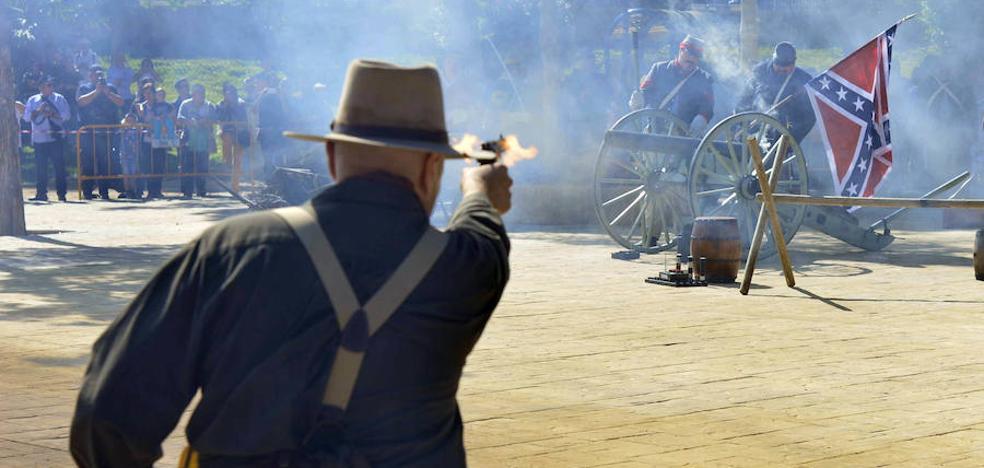 Yanquis y confederados se enfrentan en los jardines del Malecón
