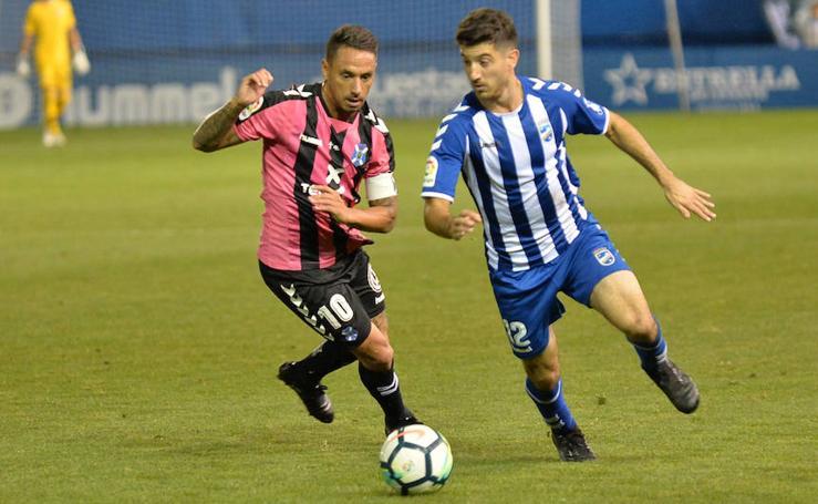 El Lorca deja escapar la victoria ante el Tenerife en los últimos minutos (2-2)