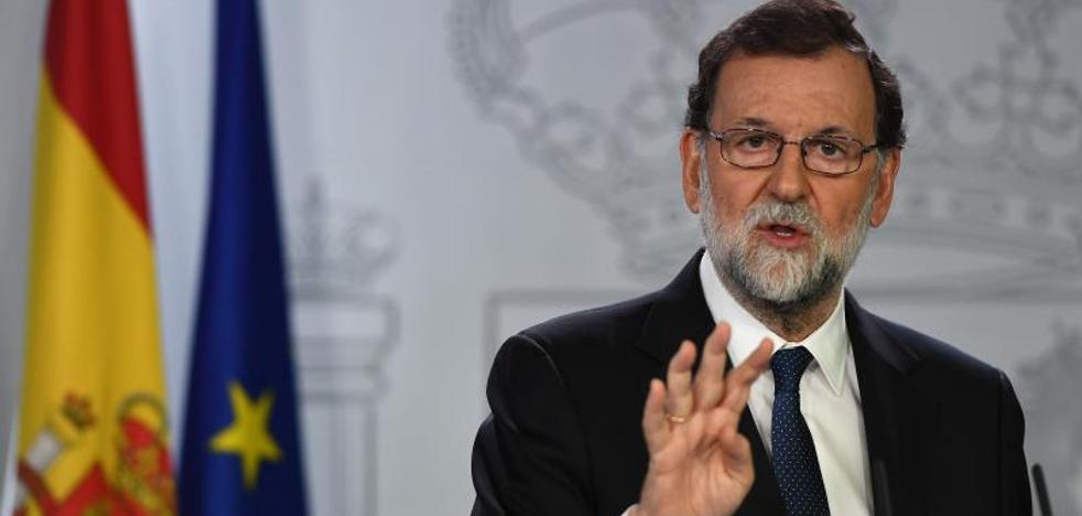 Rajoy plantea el cese del Govern y la convocatoria de elecciones en Cataluña en seis meses