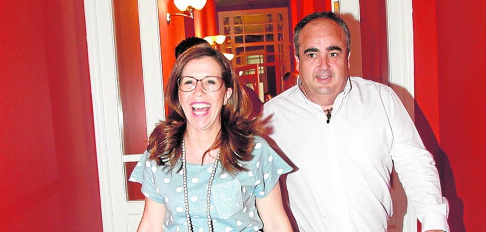 La alcaldesa otorga más poder a Torralba en el área de Comercio