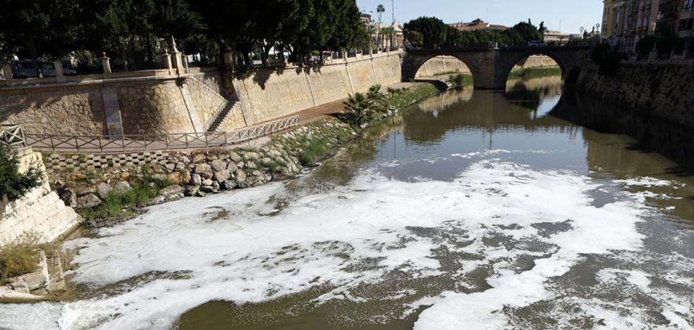 La Corporación debatirá en el Pleno sobre la salud del río y la situación de los feriantes