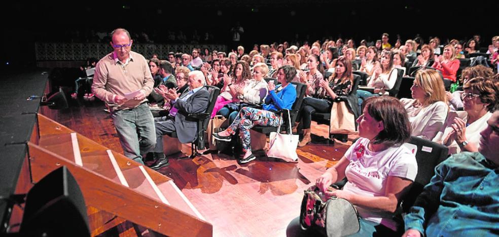 El Teatro Circo se llena de positivismo con el primer congreso 'Locura por vivir'