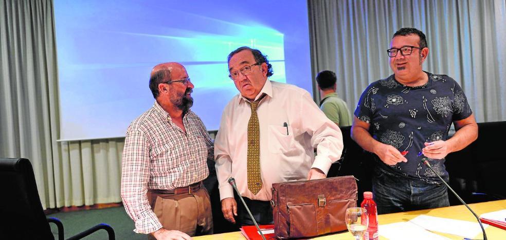 Orihuela hace un 'Puigdemont'