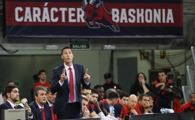 Prigioni dimite como técnico del Baskonia