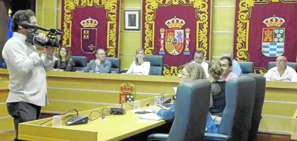 Exigen a Carreteras la cesión de la glorieta de Gutiérrez Mellado por su estado «deplorable»