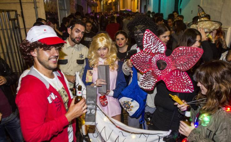 La fiesta gana a los cementerios en Cartagena